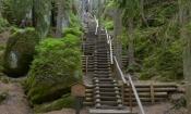 i znowu schodami do góry